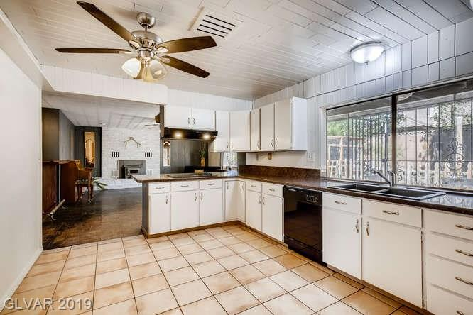 Las Vegas home - MLS #2135477 - kitchen photo