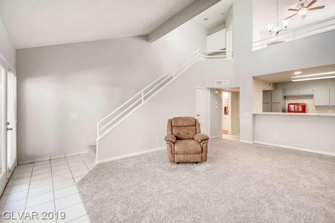 Arbors condo in Las Vegas - living room