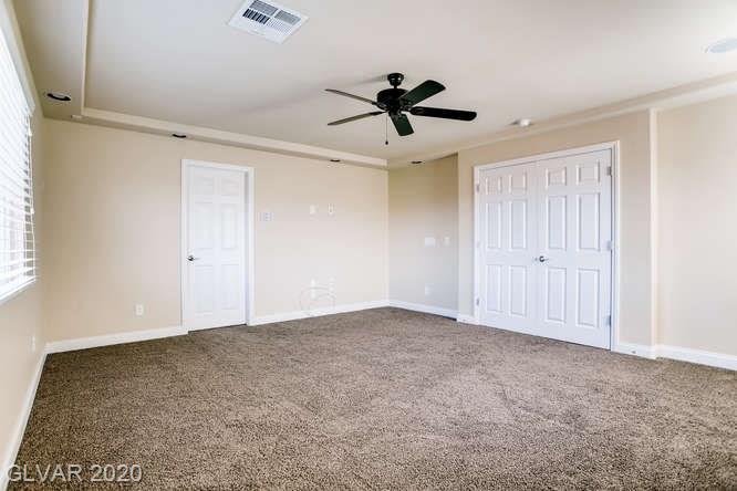Master bedroom in Silverado Ranch home