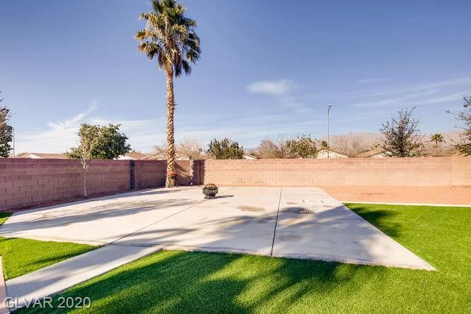 Las Vegas landscaped backyard