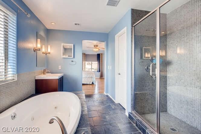 Shower in master bath in Las Vegas home