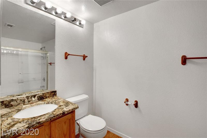 Full bathroom in Southpark condo Las Vegas